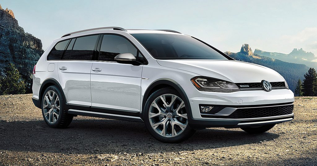 2019 Volkswagen Golf Family Makes Car & Driver's 10Best List - Gossett Volkswagen of Germantown - Memphis, TN
